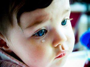 bebeklerde agiz ve goz hastaliklari pamukcuk sasilik gozyaslari